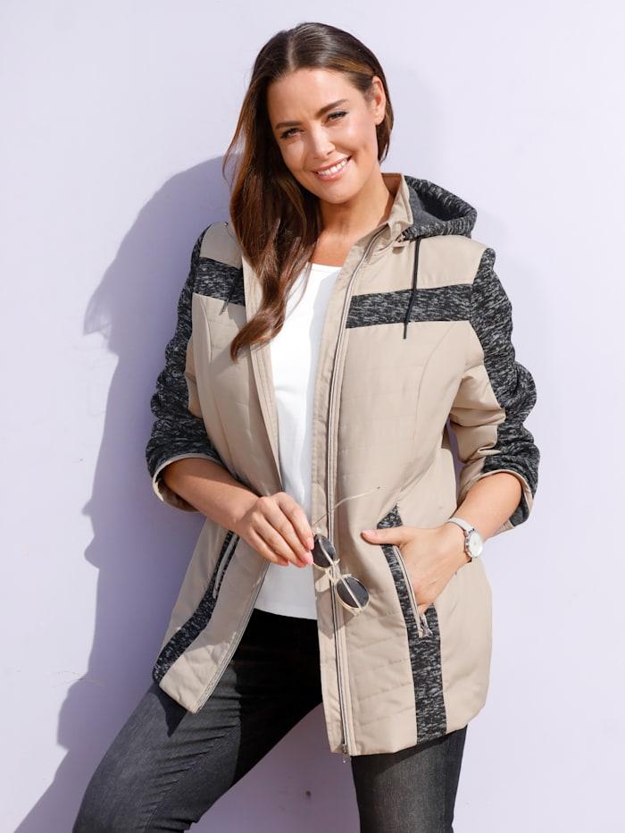 Jacke mit Fleece-Ärmeln und -Einsätzen