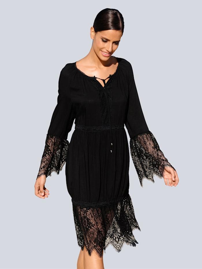 Alba Moda Strandkleid mit dekorativer Spitze, Schwarz