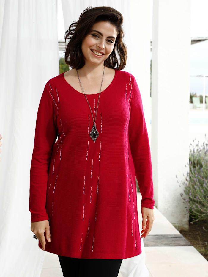 m. collection Pullover mit funkelnden Strasssteinen in streckender Optik, Rot