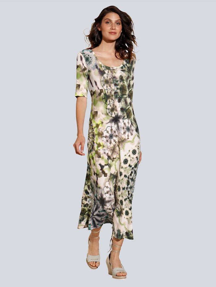 Kleid im allover angesagten Batikdessin