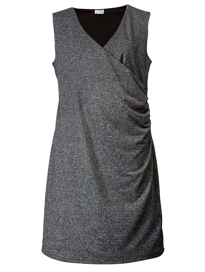 Jerseykleid mit Glanzgarn