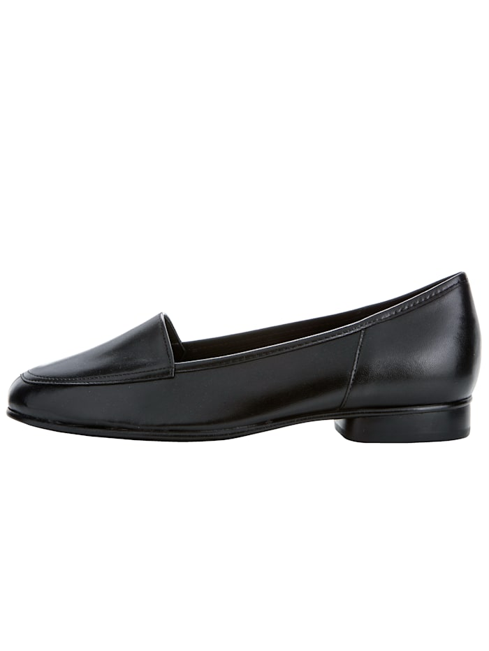 Loafers in a classic design