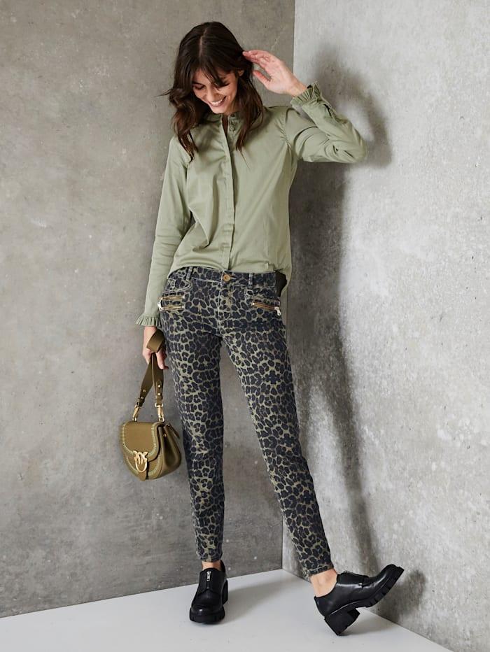 Jeans mit Leomuster