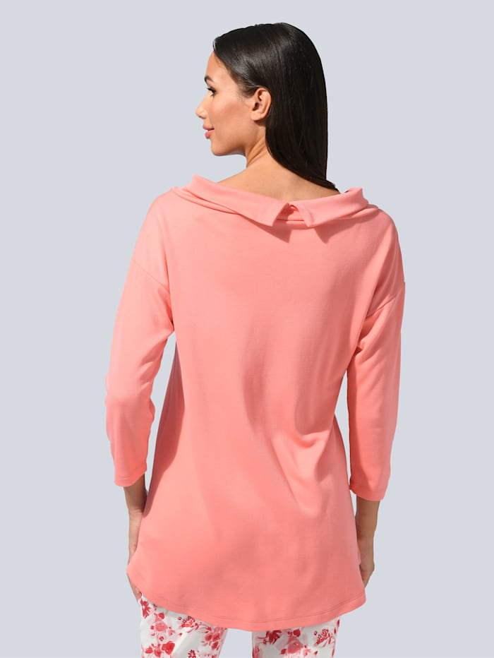 Tričko s ležatým golierom