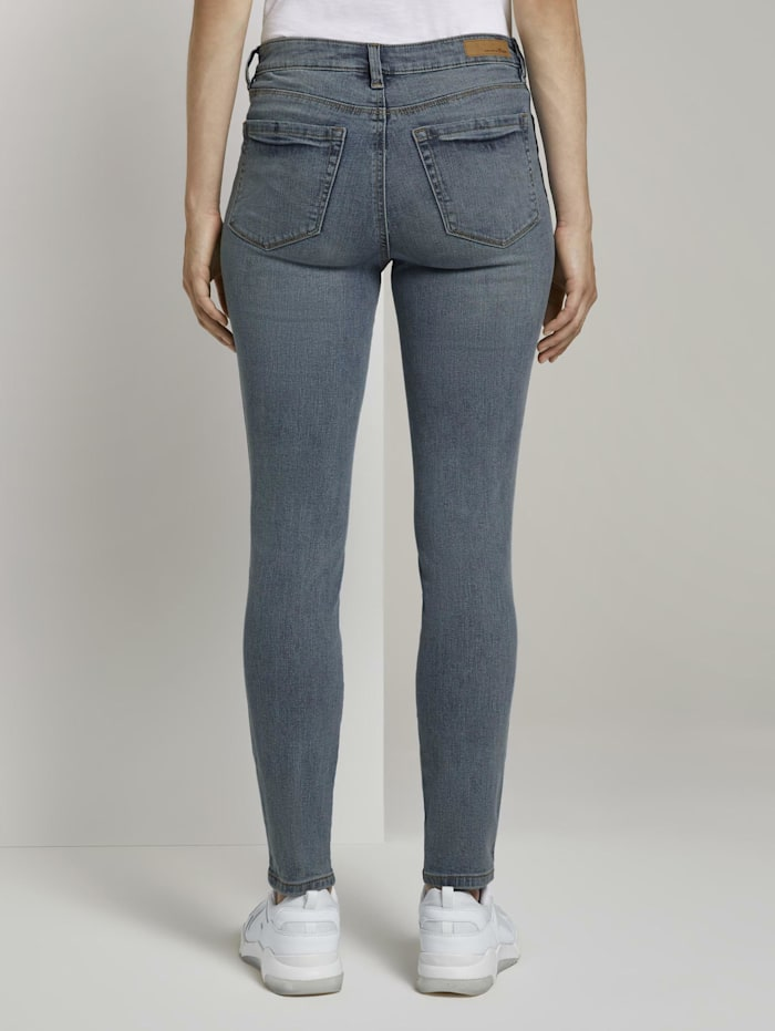 Nela Extra Skinny Jeans