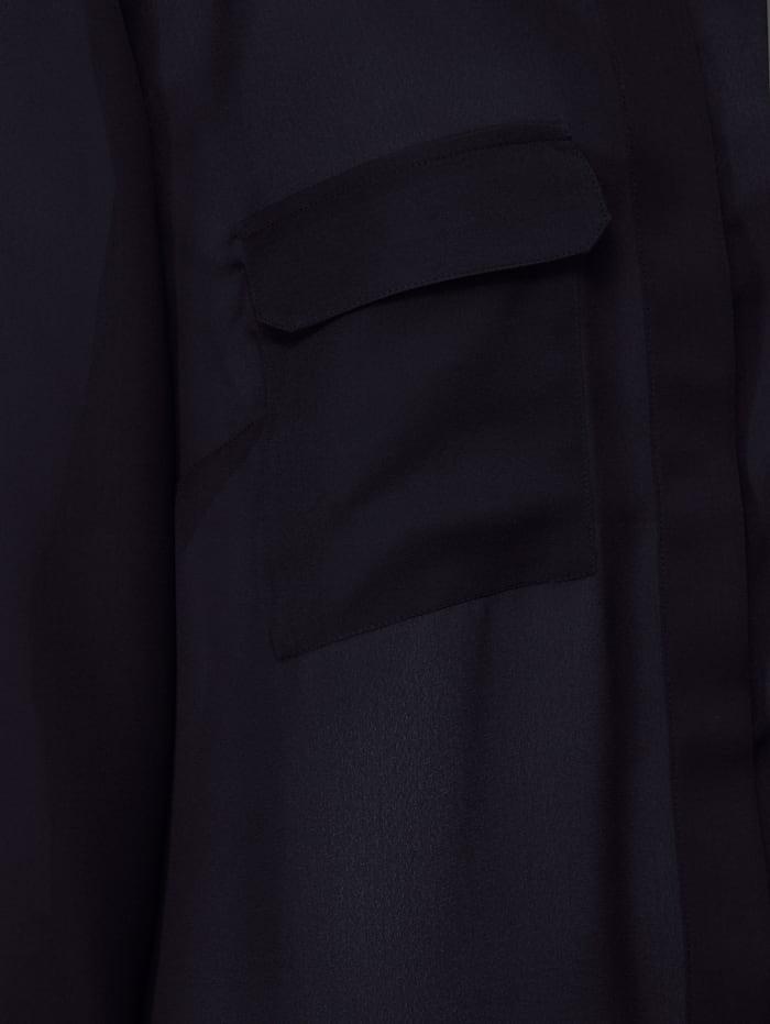 Chemisier long avec poches poitrine
