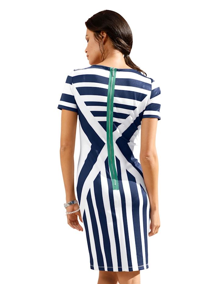 Jerseykleid in Streifen-Dessin