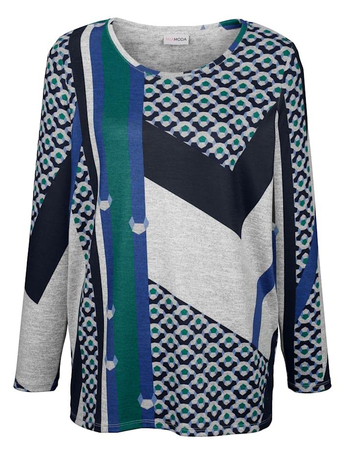 Pullover aus weichem Feinstrick-Material