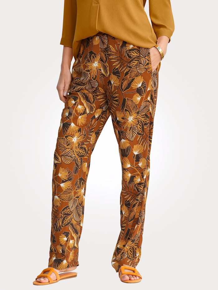 Pull-on trousers with colourful print
