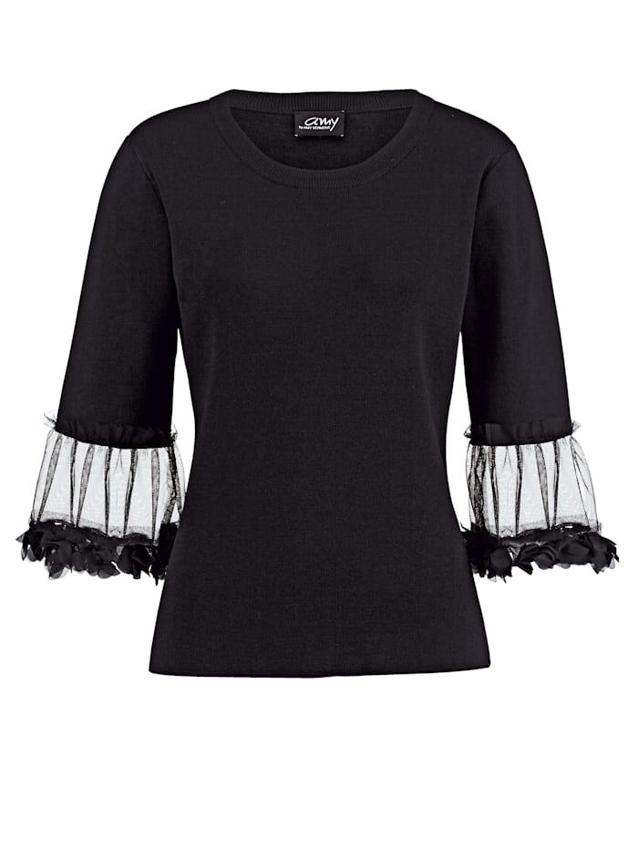 Pullover mit Blütenbesatz