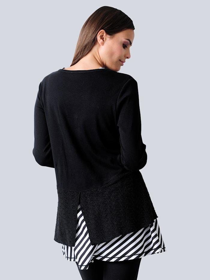 Longshirt im modischen Mustermix