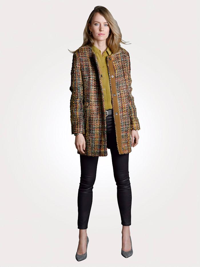 Ruutukuvioitu takki