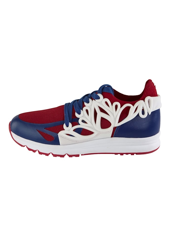 Sneaker aus elastischem Textilmaterial