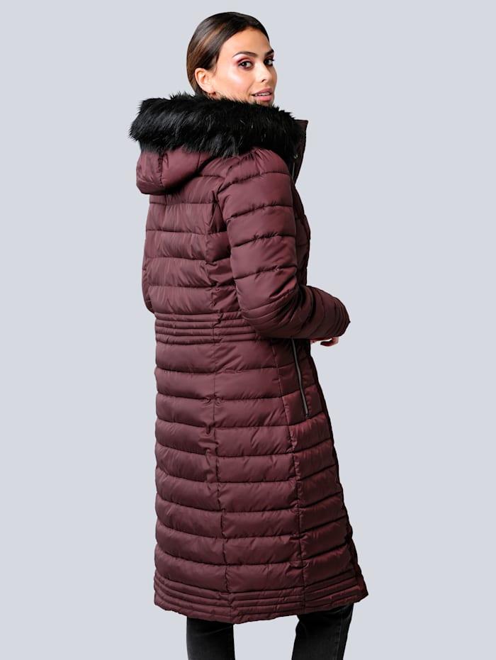 Kabát s límcem s umělou kožešinou