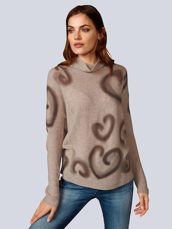 Pullover mit tollem Herzchen Motiv