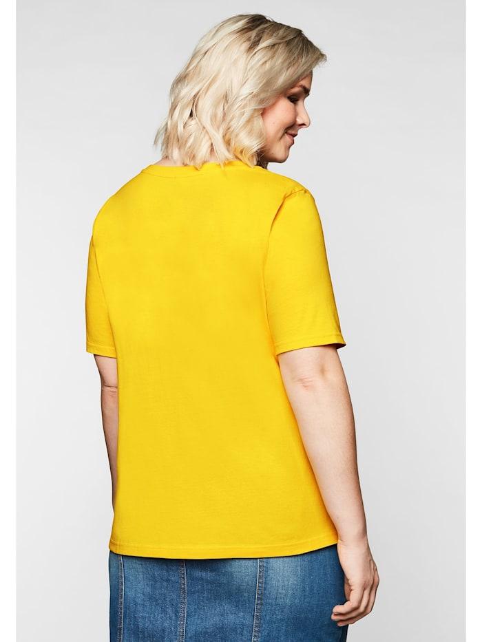 Sheego T-Shirt mit V-Ausschnitt und kleinem Druck