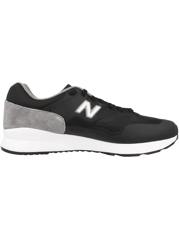Sneaker low MD 1500