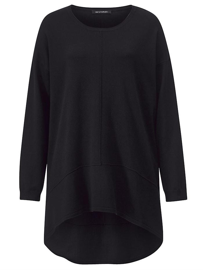 Pullover in angesagter Vokuhila-Form