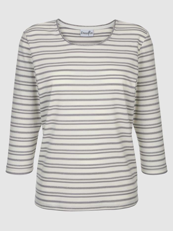 Top Striped pattern