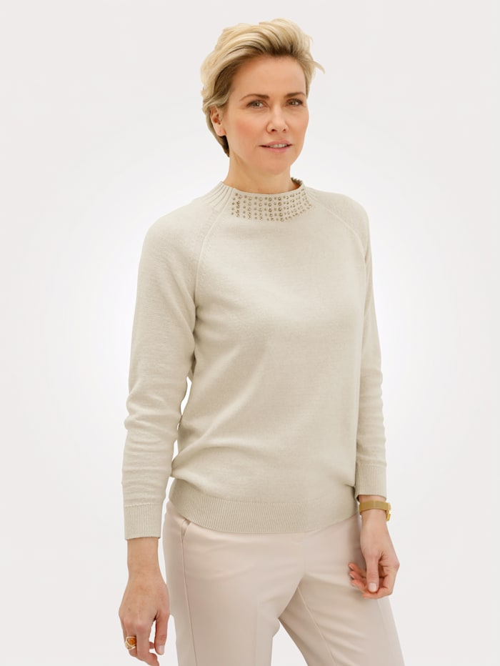 MONA Pullover mit golfarbenen Ziernieten, Sand