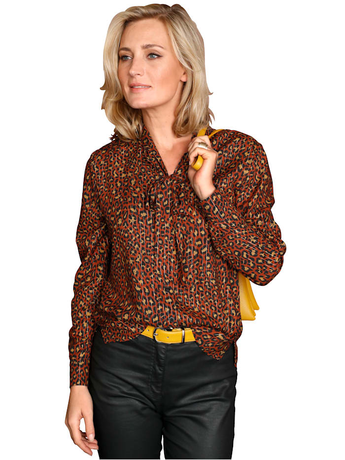 Tie neck blouse with shimmering thread detailing