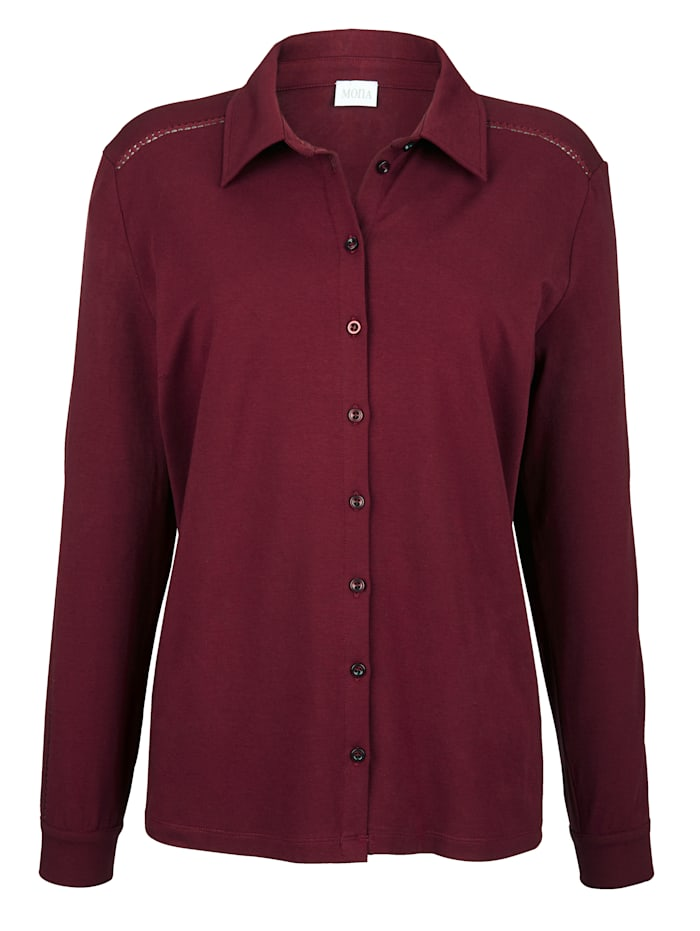 Blouse made from soft jersey