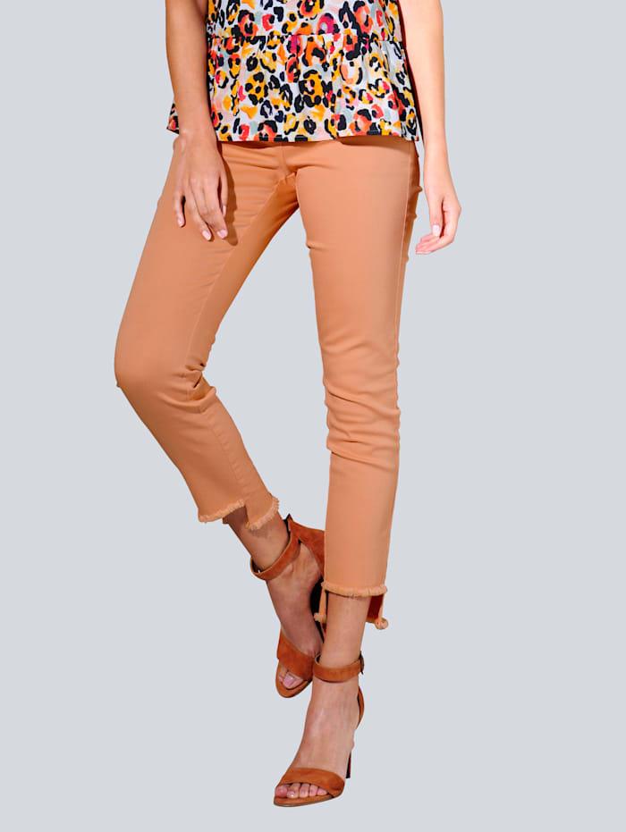 Alba Moda Jeans mit Fransensaum, Apricot