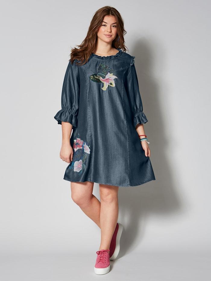 Kleid mit Pailletten und Volant-Ärmeln