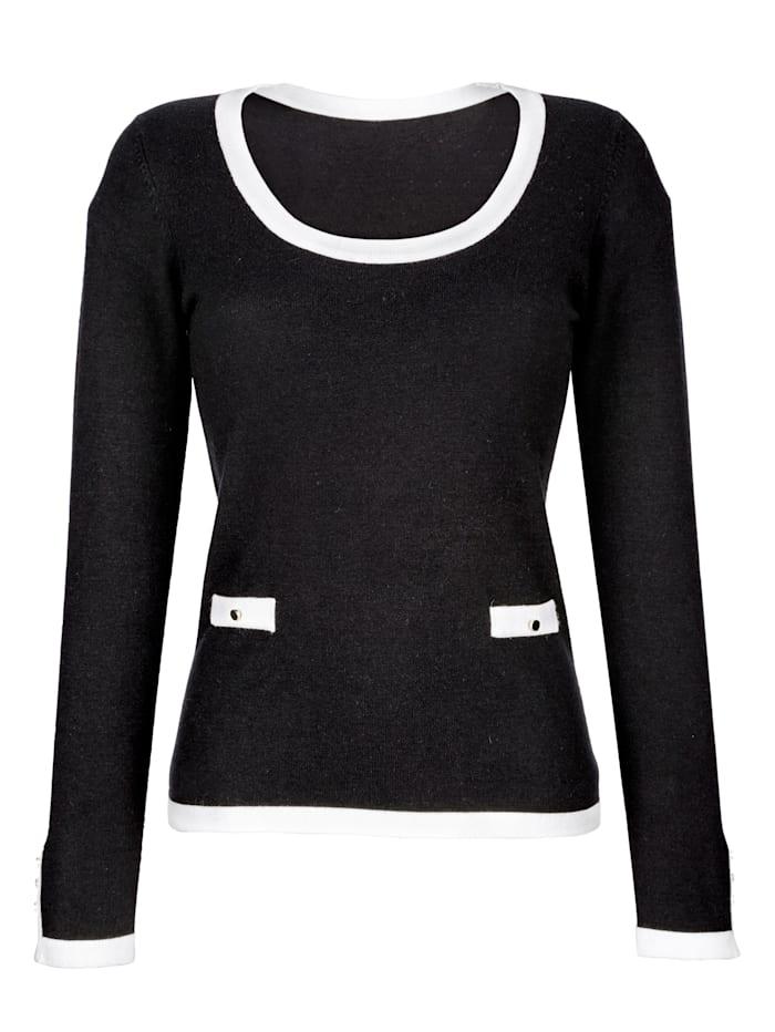 Pullover mit kontrastfarbenen Paspeln