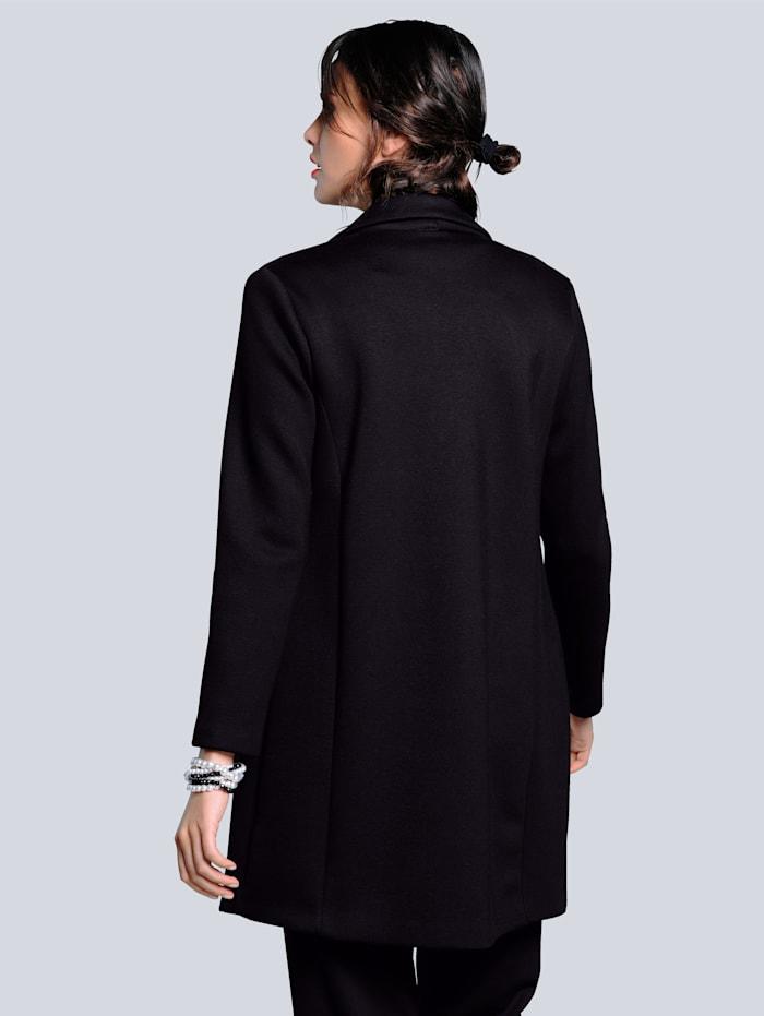 Kabát z velmi pohodlné elastické scuba kvality