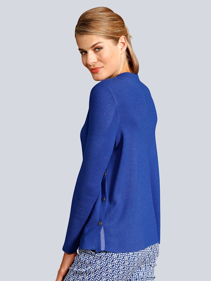 Pullover lange Schlitze in der Seitennaht mit Druckknöpfen zu schließen