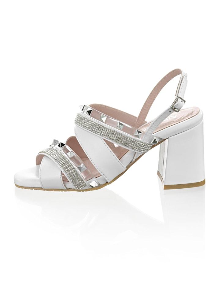 Sandaletter med nitar