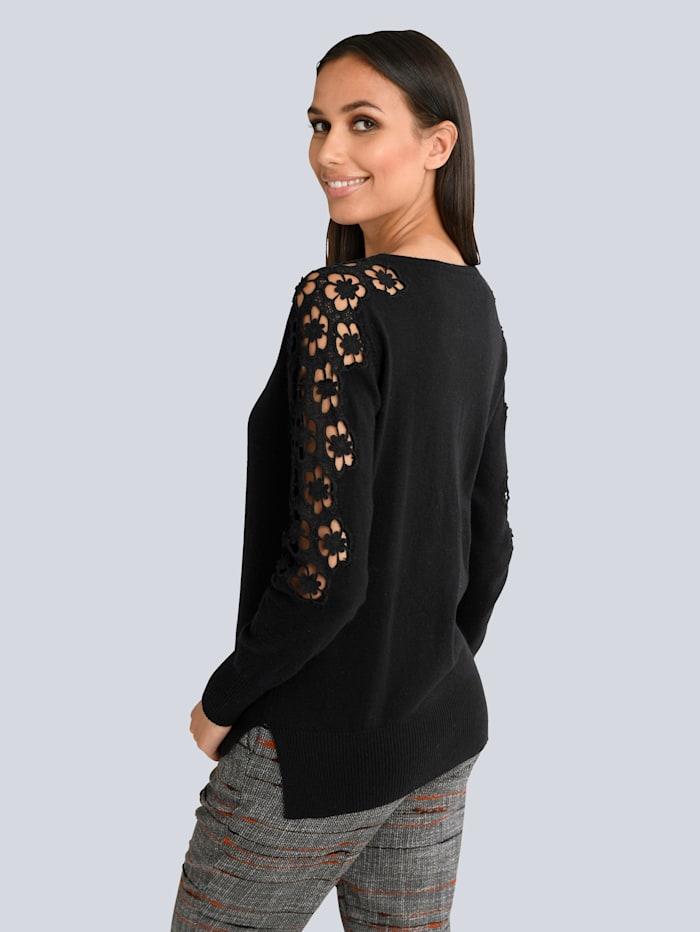Pullover mit floraler Spitze