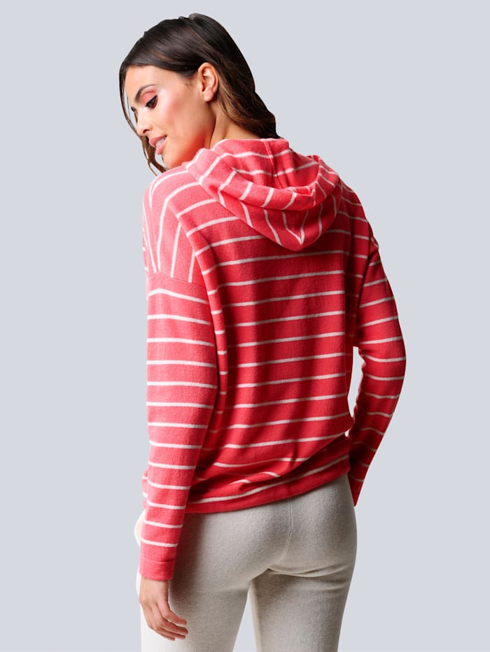 Pullover in fein gestricktem Streifendessin