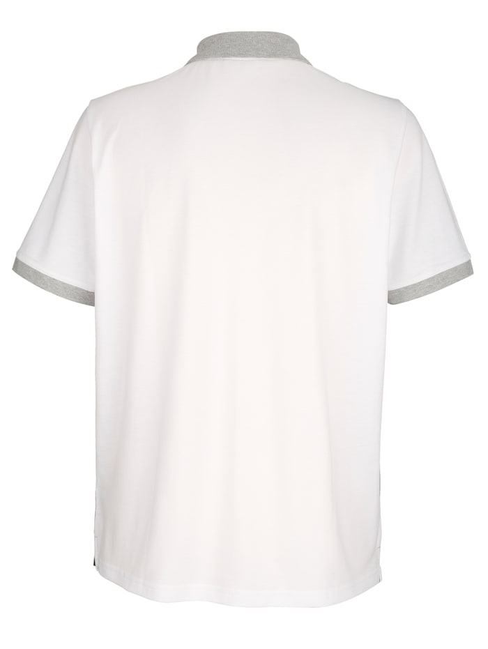 Poloshirt mit Kontrast im Vorderteil