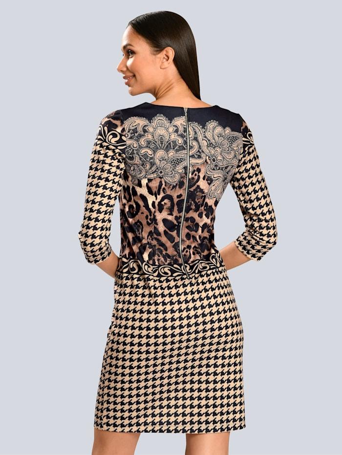 Kleid im Mix aus Leo und Hahnentritt