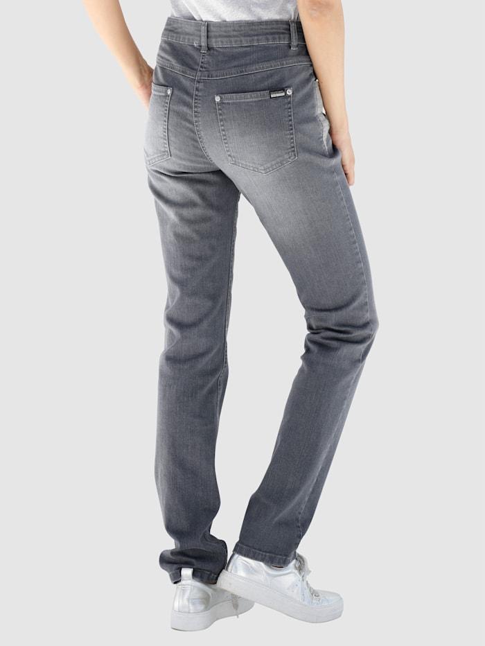 Jeans med paljetter och pärlor