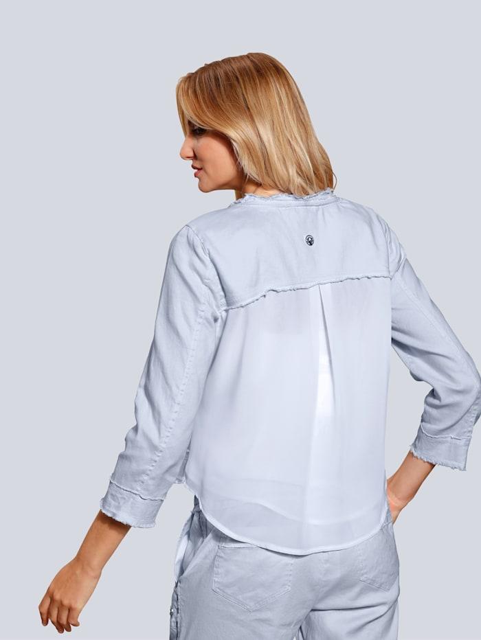 Jacke in luftiger Qualität