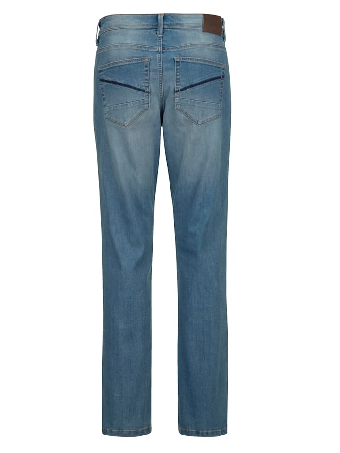 Jeans in moderne used look