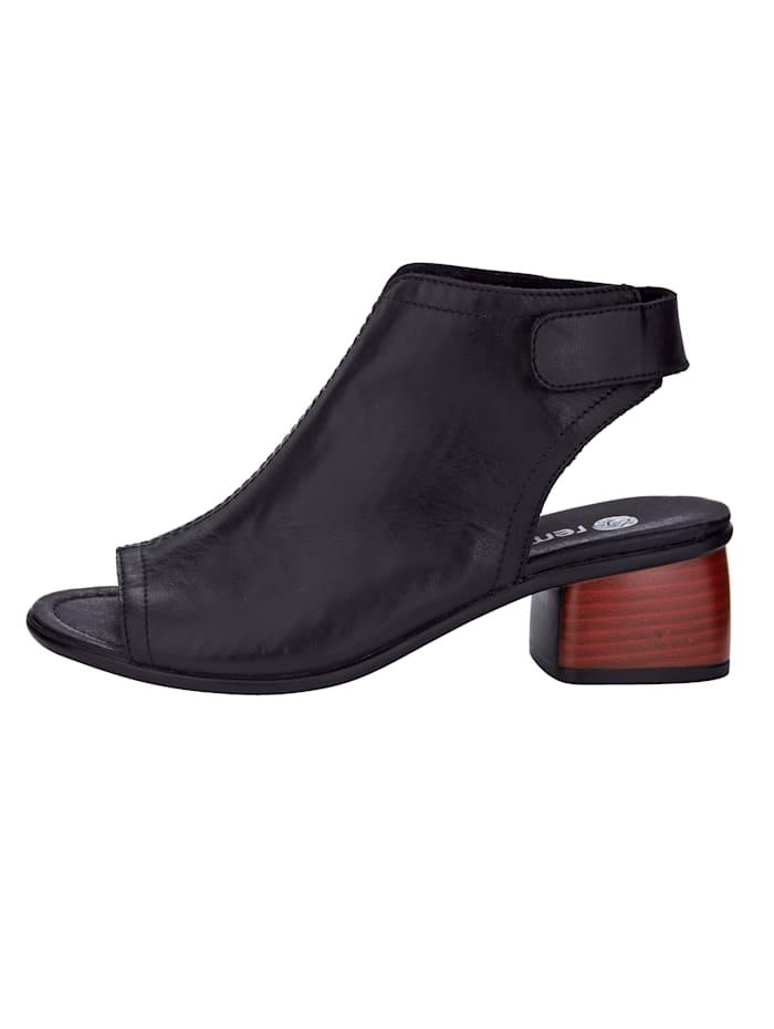 Kapealestiset sandaletit