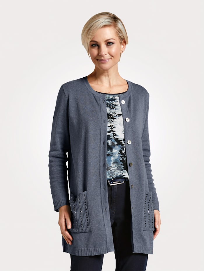 Cardigan crafted from mélange yarn