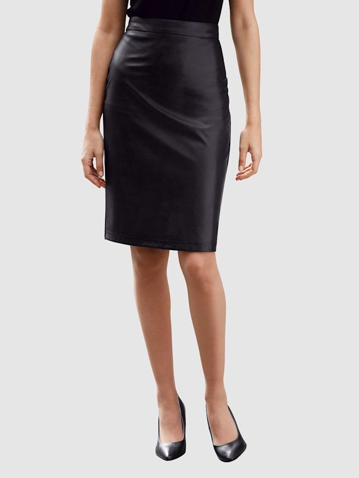Laura Kent Pennsmal kjol i skön materialmix, Svart