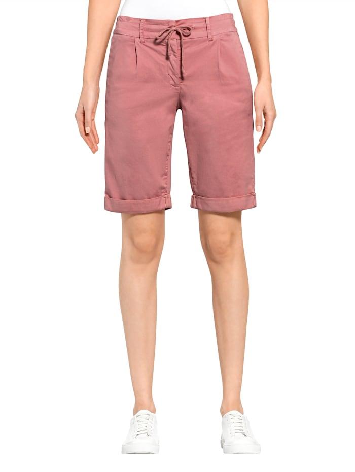Shorts aus sommerlicher Chinoware