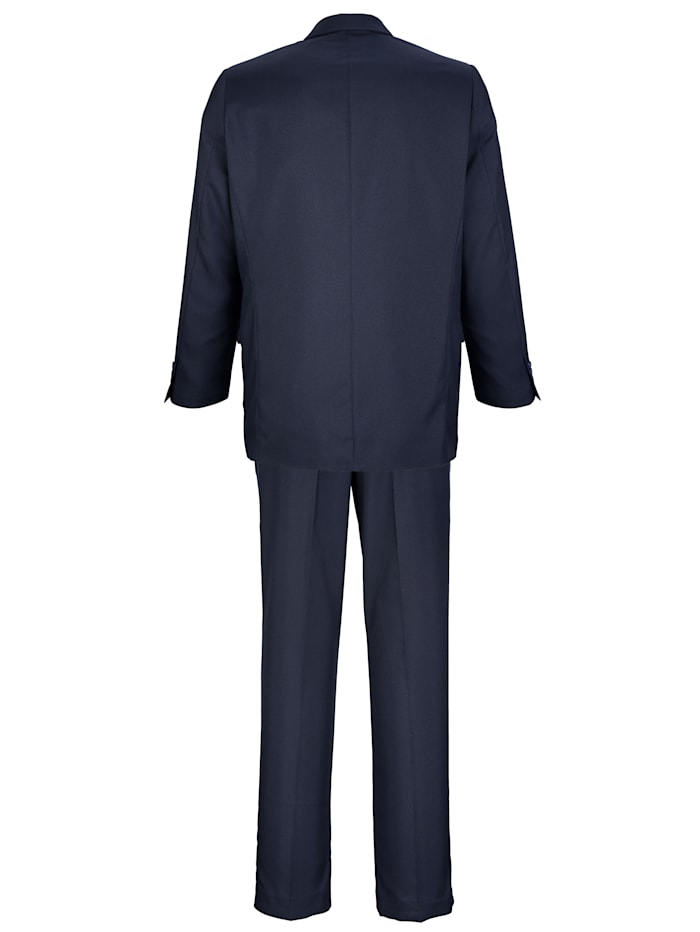 Anzug in pflegeleichter Qualität