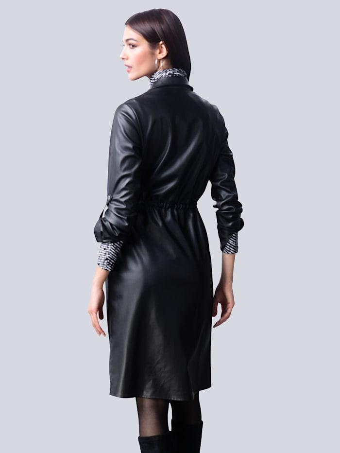 Kleid in softer Lederimitat-Qualität