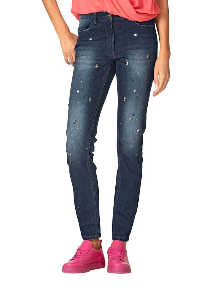 Jeans mit Strassdekoration