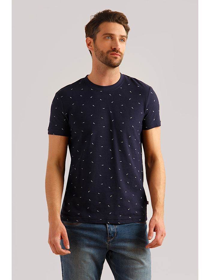 Finn Flare T-Shirt mit Alloverdruck im Haifisch-Design, cosmic blue