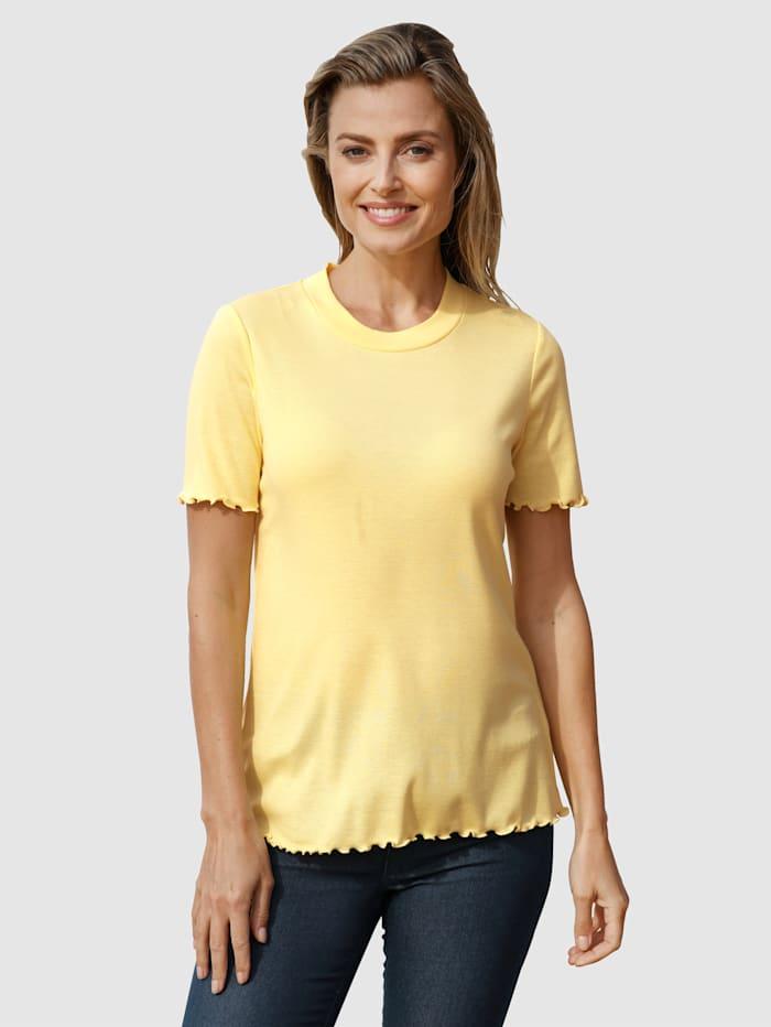 basically you Shirt mit Wellensaum, Vanille