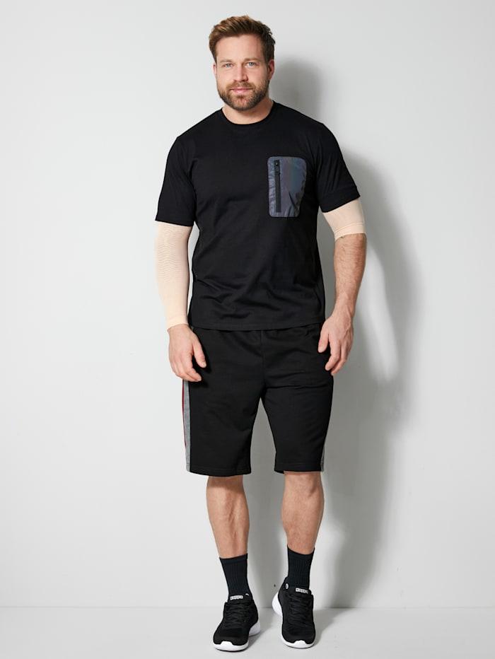 T-Shirt mit einer Brusttasche