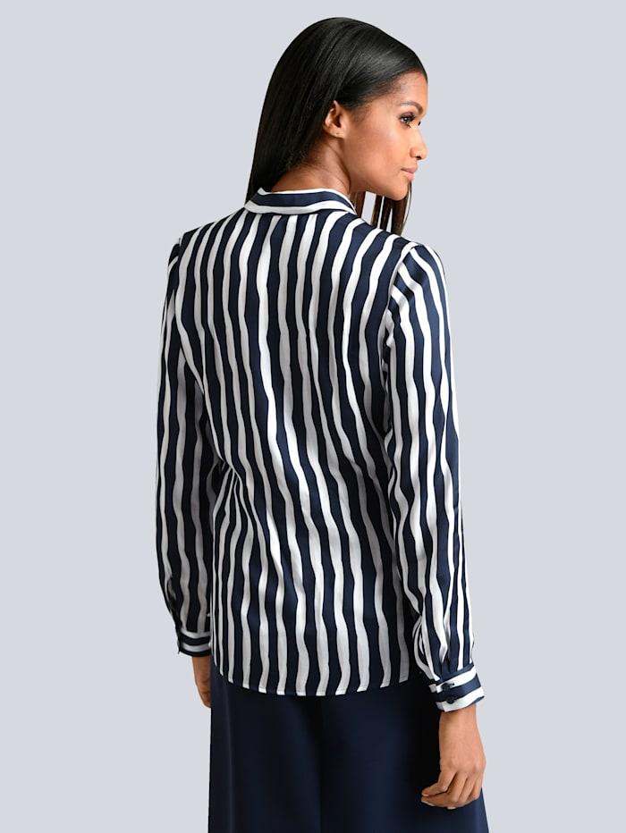 Bluse med stripemønster
